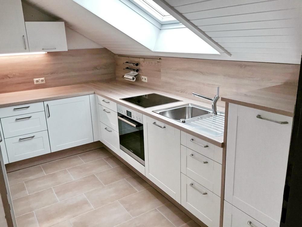 küche in dachschräge | tadjali.de. küche in einer dachschräge ... - Küche Mit Dachschräge